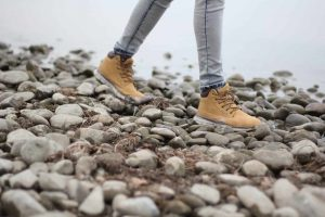 Best Hiking Boots for Flat Feet Women of 2019
