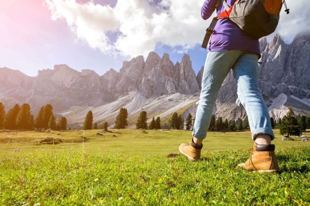 How to Waterproof Hiking Boots and Maintain Them 2