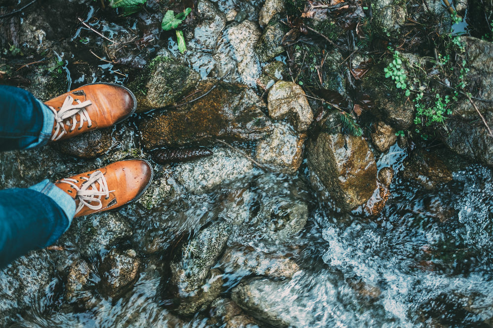 How to Waterproof Hiking Boots and Maintain Them