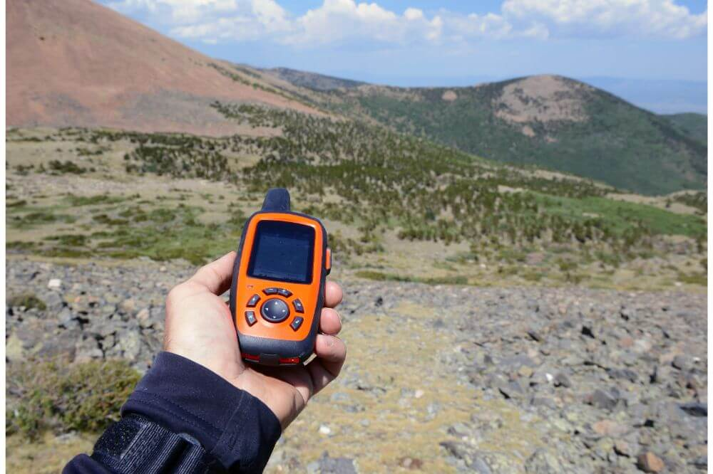 Smartphone vs. GPS for Hiking
