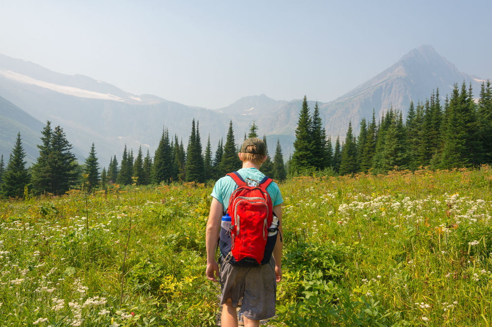 Topnaca Hiking Daypack Backpack Review